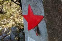 Spomenik-Punat-1